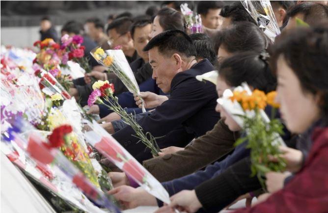 Tên lửa vắng bóng trong dịp lễ 'Ngày mặt trời' ở Triều Tiên - ảnh 2