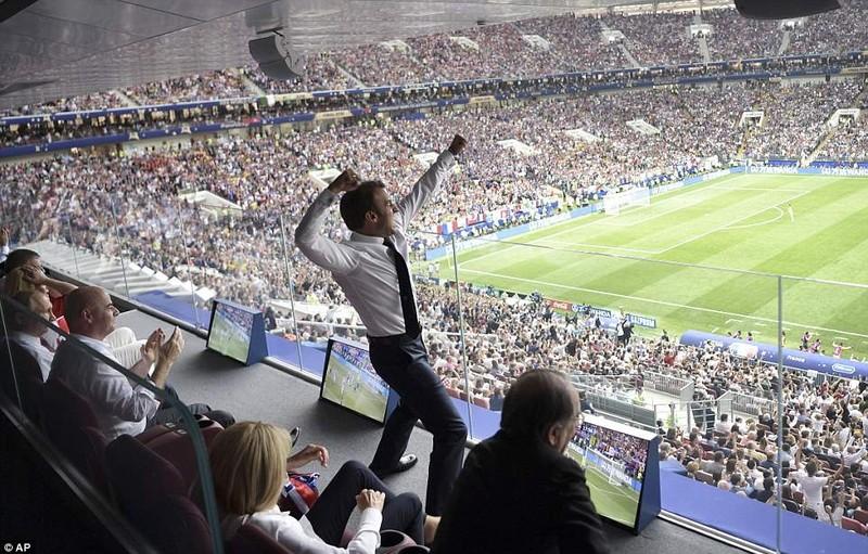 Tổng thống Macron phấn khích khi Pháp vô địch World Cup - ảnh 2
