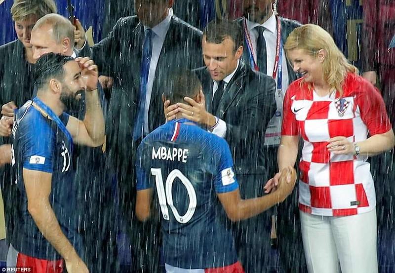 Tổng thống Macron phấn khích khi Pháp vô địch World Cup - ảnh 4