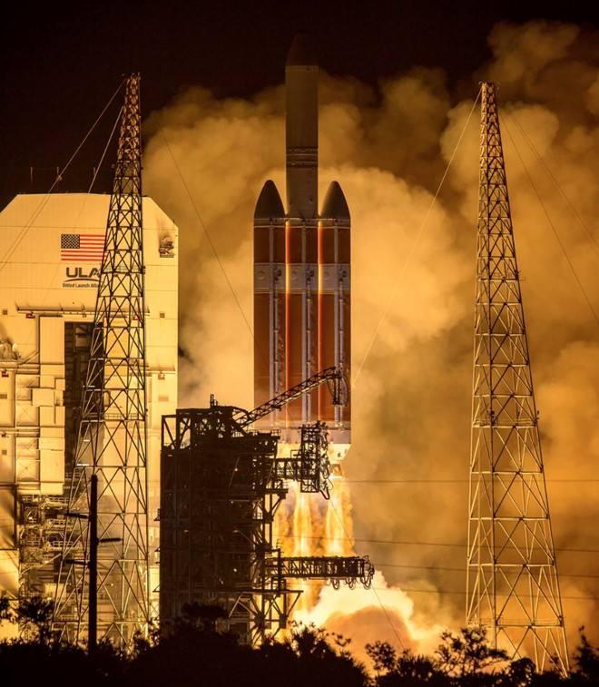 """NASA thực hiện thành công sứ mệnh lịch sử """"chạm tới mặt trời"""" - ảnh 2"""