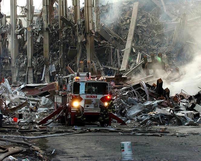 Những hình ảnh ám ảnh mãi về ngày 11-9 - ảnh 12