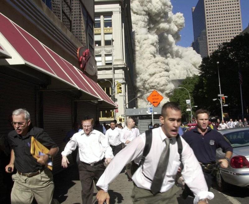Những hình ảnh ám ảnh mãi về ngày 11-9 - ảnh 10
