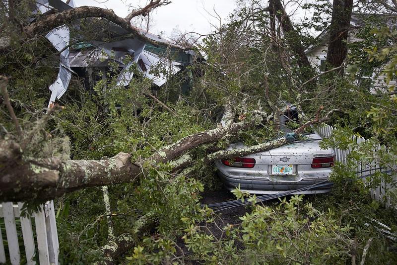 Mỹ: Bang Florida tan hoang sau siêu bão Michael lịch sử - ảnh 8