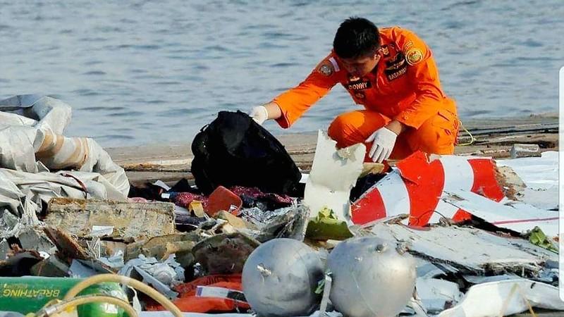Indonesia: Đã tìm thấy hộp đen máy bay Lion Air JT610 - ảnh 1