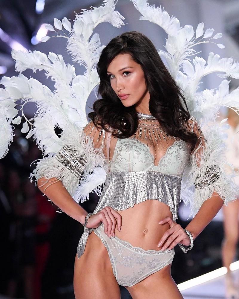 Những thiên thần nóng bỏng trong Victoria's Secret Show 2018 - ảnh 12