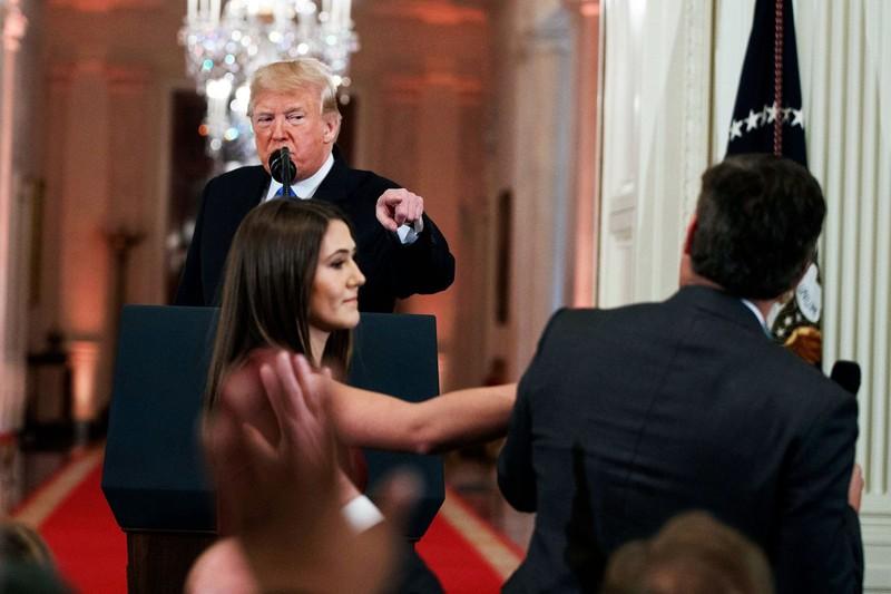 Nhà Trắng tạm khôi phục quyền tác nghiệp của nhà báo CNN - ảnh 2