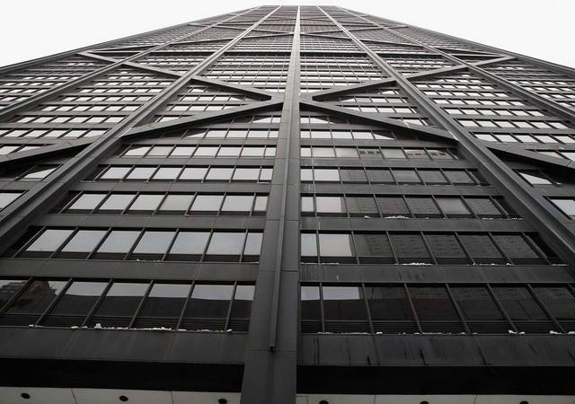 Thang máy rơi tự do 84 tầng, 6 người thoát chết kỳ diệu - ảnh 1