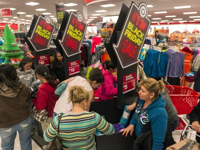 Vì sao ngày mua sắm lớn nhất năm được gọi là Black Friday? - ảnh 1