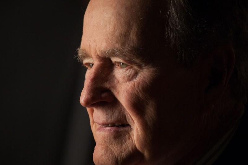 Cựu Tổng thống Mỹ George H.W. Bush qua đời ở tuổi 94 - ảnh 1