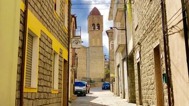 Thị trấn Ý tìm kiếm sự hồi sinh của lượng cư dân - ảnh 4