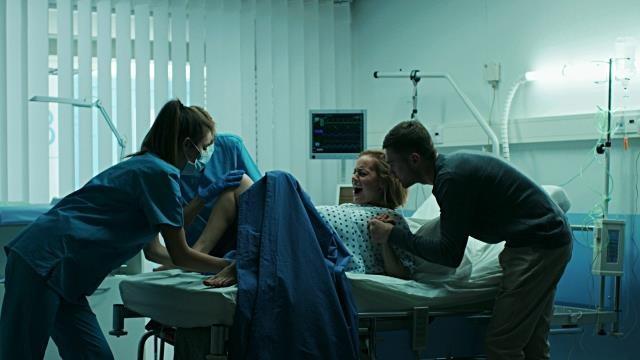 Sốc: Bệnh viện gắn camera quay lén 1.800 phụ nữ - ảnh 2