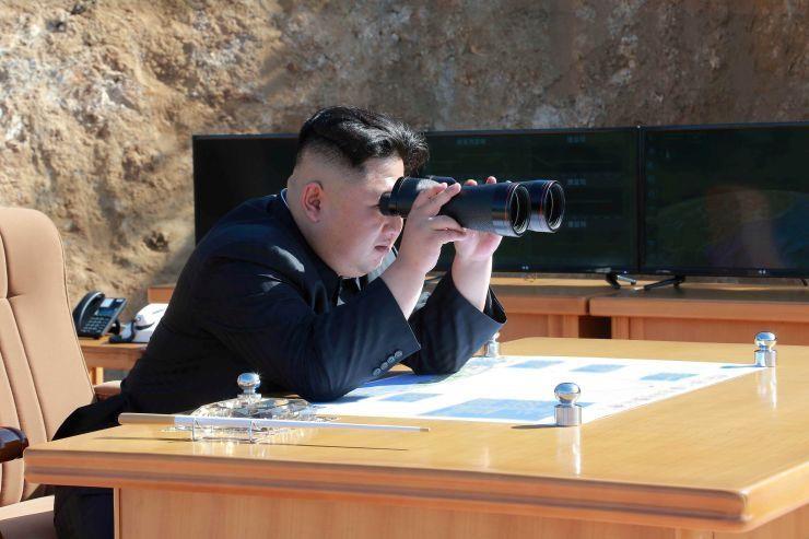 Triều Tiên thử nghiệm vũ khí chiến thuật mới - ảnh 1