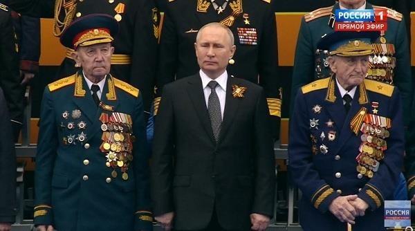 Nga phô diễn khí tài quân sự tại lễ duyệt binh ngày 9-5 - ảnh 3