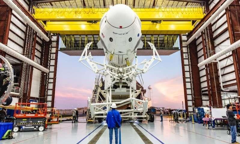 Khi nào NASA bán vé cho khách du lịch lên không gian?  - ảnh 2