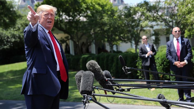 Ông Trump 'mắng' phóng viên CNN vì hỏi chuyện ông Putin - ảnh 1