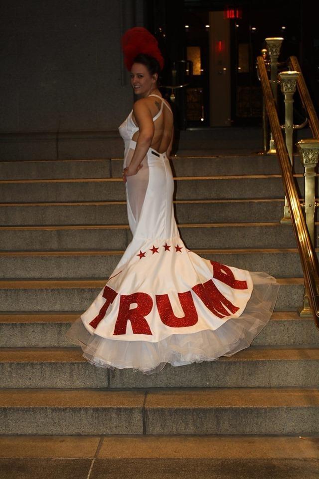 Đám cưới đặc biệt tổ chức theo phong cách Tổng thống Trump - ảnh 1