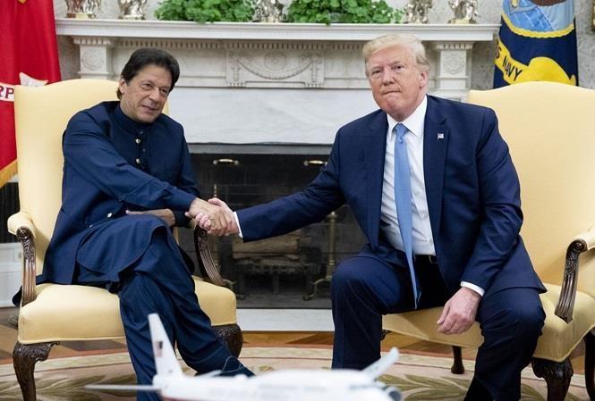 Ông Trump: 'Tôi có thể xóa sổ Afghanistan trong 10 ngày' - ảnh 1