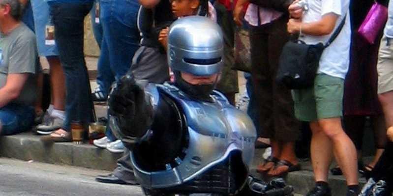 Cảnh sát Hong Kong nhập 500 bộ giáp khủng từ Trung Quốc  - ảnh 2