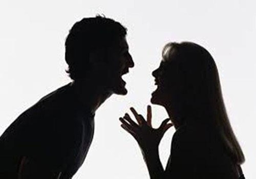 Đệ đơn ly hôn vì được chồng quá cưng chiều - ảnh 1
