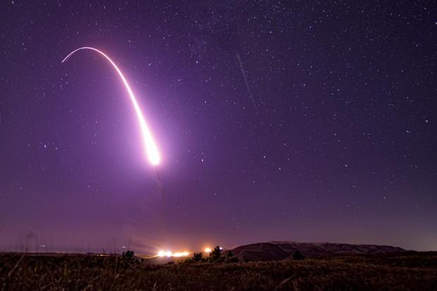 Mỹ đáp trả sau khi Triều Tiên phóng tên lửa từ tàu ngầm mới - ảnh 1