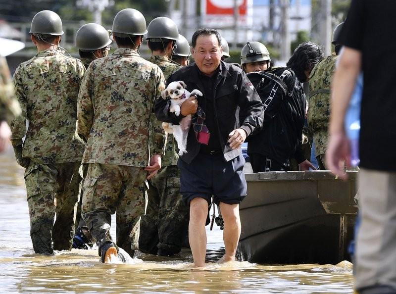 Người Nhật kiên cường khắc phục thảm họa siêu bão Hagibis - ảnh 6