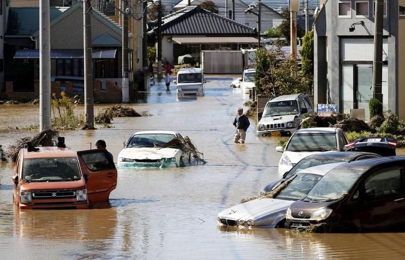 Người Nhật kiên cường khắc phục thảm họa siêu bão Hagibis - ảnh 8