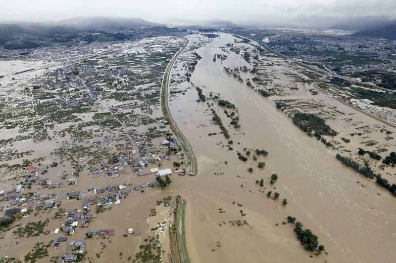 Người Nhật kiên cường khắc phục thảm họa siêu bão Hagibis - ảnh 2