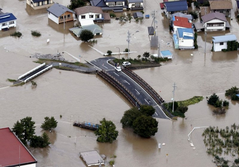 Người Nhật kiên cường khắc phục thảm họa siêu bão Hagibis - ảnh 3