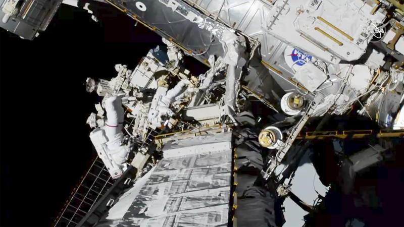 NASA phóng tàu vũ trụ toàn phụ nữ vào không gian - ảnh 2