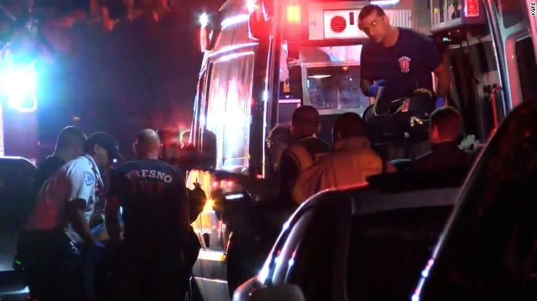 Lại xả súng ở California, nghi phạm lạ mặt giết chết 4 người - ảnh 1