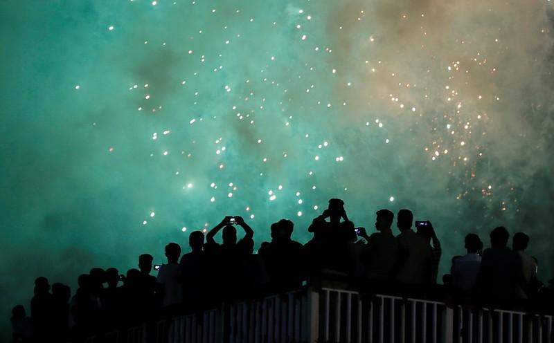 Hình ảnh thế giới ngập tràn trong pháo hoa đón năm mới - ảnh 6