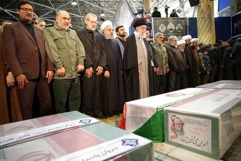 Người Iran tiếc thương Tướng Soleimani, căm phẫn nước Mỹ - ảnh 3