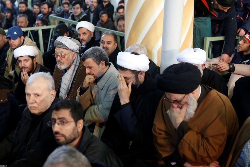 Người Iran tiếc thương Tướng Soleimani, căm phẫn nước Mỹ - ảnh 9