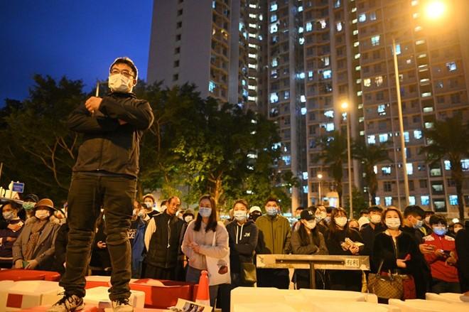 Sau Macau đến lượt Hong Kong cấm dân vùng nhiễm virus Corona - ảnh 2