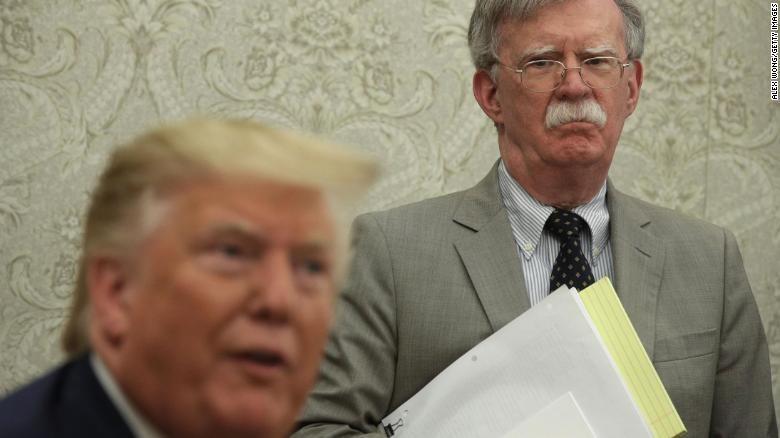 Nhà Trắng ngăn cựu Cố vấn Bolton tiết lộ 'bí mật quốc gia' - ảnh 1