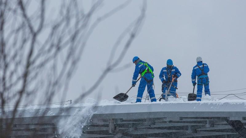 Sập quán cà phê ở Nga, nghi do tuyết phủ quá dày - ảnh 1