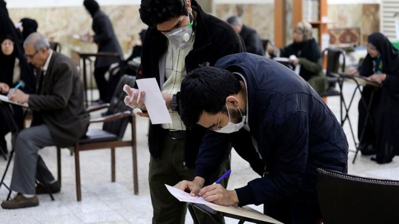 Iran có thêm 2 ca tử vong, ca nhiễm mới ở Trung Đông tăng - ảnh 1