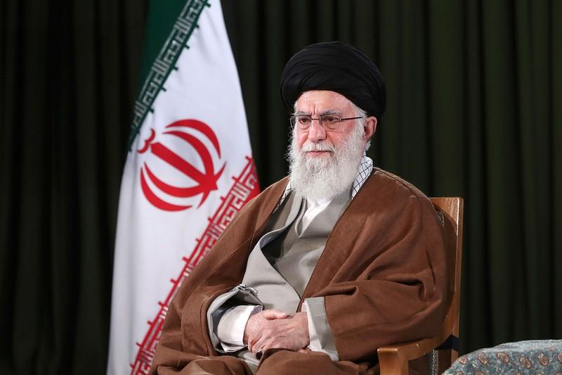Lãnh tụ Iran thấy lạ khi Mỹ muốn hỗ trợ Iran chống dịch - ảnh 1