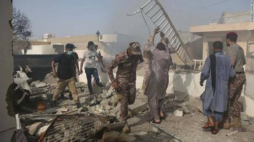 Người sống sót kể lại lúc máy bay chở 99 người rơi và bốc cháy - ảnh 5