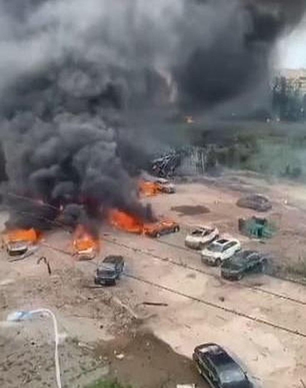 VIDEO: Nổ xe bồn trên cao tốc, 137 người thương vong - ảnh 2