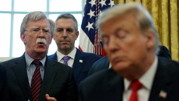 Ông Trump bác tin nhờ ông Tập giúp tái đắc cử - ảnh 1