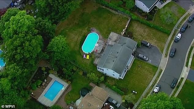 Cả nhà chết đuối khi cố cứu bé gái trong hồ bơi - ảnh 1