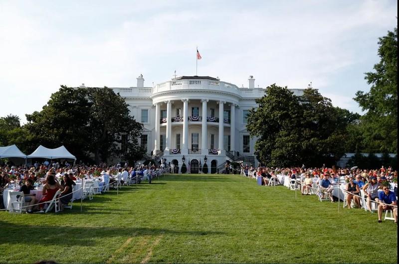 Ảnh: Ông Trump tổ chức Quốc khánh Mỹ tại Nhà Trắng - ảnh 3