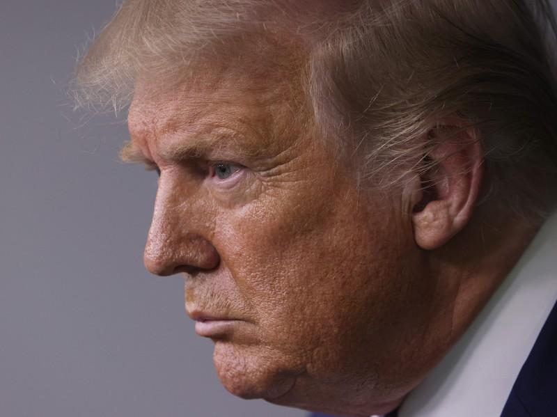 Facebook xóa bài đăng của ông Trump vì chứa 'fake news' - ảnh 1