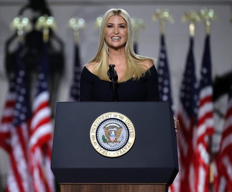 Đại hội đảng Cộng hòa: Ái nữ ông Trump ca ngợi cha 'thực tế' - ảnh 1
