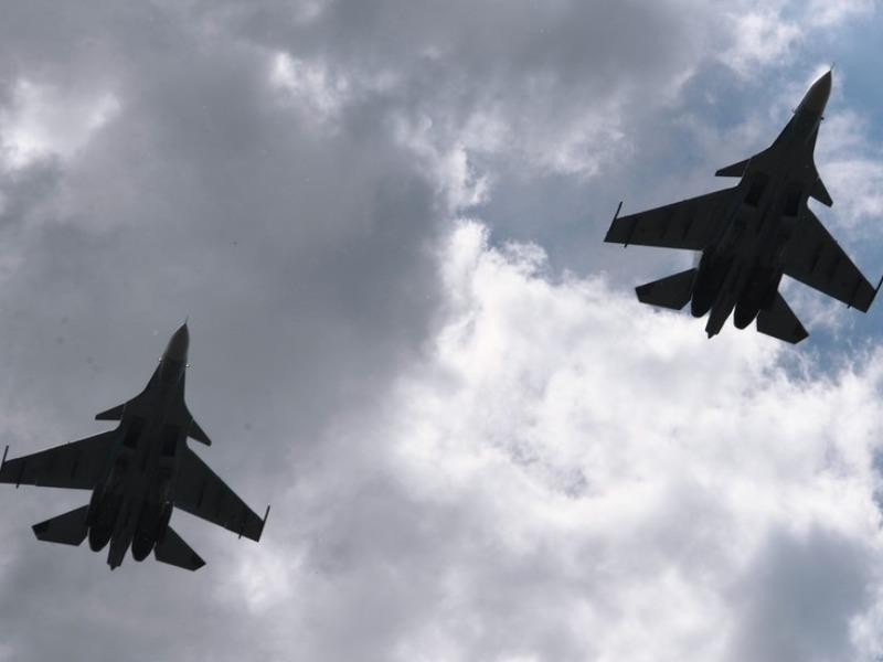 Su-30 50 triệu USD của Nga rơi, nghi bị bắn khi đang tập trận - ảnh 1