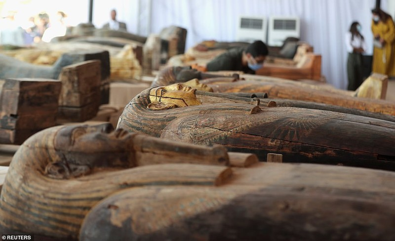Ai Cập mở nắp quan tài xác ướp 2.500 năm  - ảnh 6