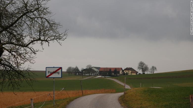 Làng ở Áo đổi tên vì có nghĩa 'nhạy cảm'  - ảnh 1