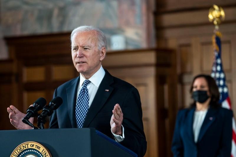 Ông Biden: Người Mỹ gốc Á phải sống trong sợ hãi 1 năm qua - ảnh 1