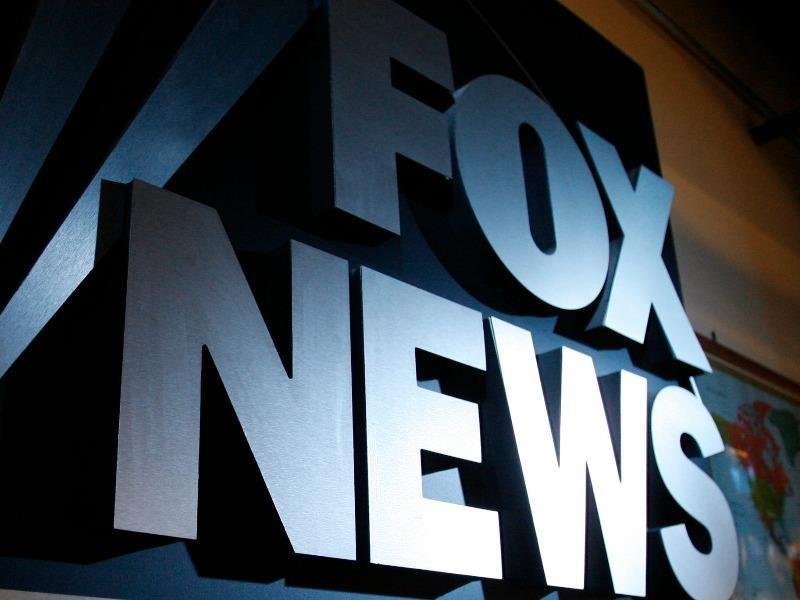 Fox News bị công ty Dominion kiện đòi 1,6 tỉ USD vụ bầu cử Mỹ - ảnh 1